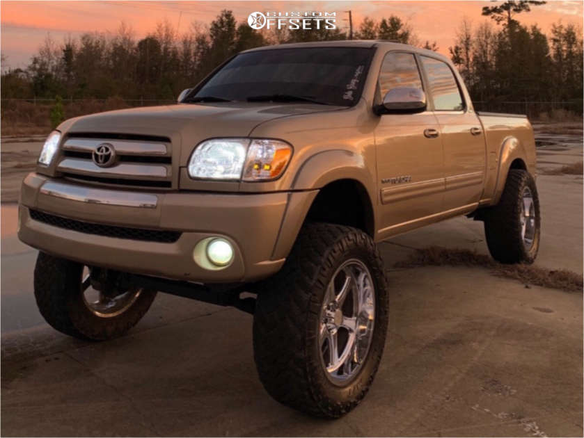 """2005 Toyota Tundra Aggressive > 1"""" outside fender on 22x10 -15 offset Hostile H105 & 37""""x13.5"""" Nitto Trail Grappler on Suspension Lift 7.5"""" - Custom Offsets Gallery"""