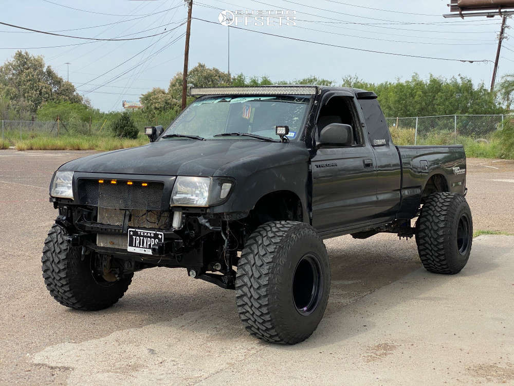 """1999 Toyota Tacoma Aggressive > 1"""" outside fender on 15x14 -83 offset Bart Super Trucker and 33""""x12.5"""" Maxxis Buckshot M/t on Suspension Lift 4"""" - Custom Offsets Gallery"""