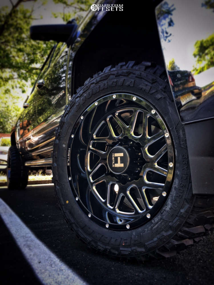 """2015 Chevrolet Silverado 2500 HD Aggressive > 1"""" outside fender on 20x10 -19 offset Hostile Sprocket and 33""""x12.5"""" Federal Couragia Mt on Stock Suspension - Custom Offsets Gallery"""