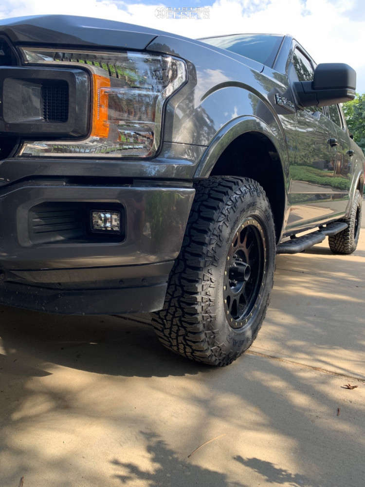 """2018 Ford F-150 Slightly Aggressive on 18x9 0 offset Method Mr305 and 33""""x11.5"""" Goodyear Wrangler Ultraterrain At on Leveling Kit - Custom Offsets Gallery"""