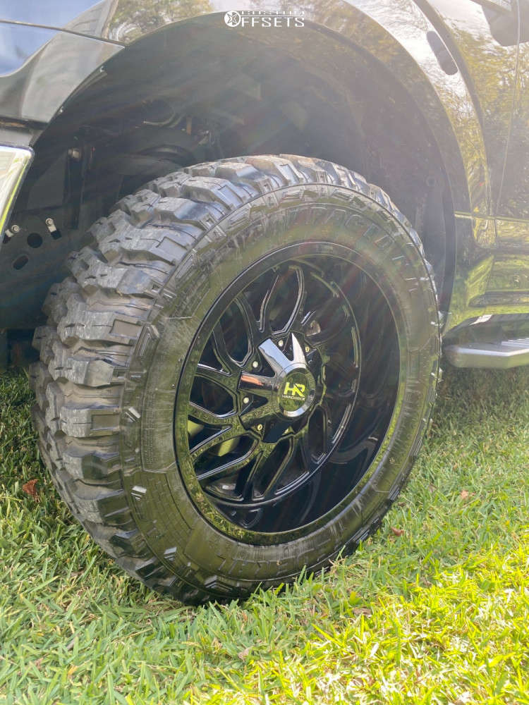 """2019 Ford F-150 Aggressive > 1"""" outside fender on 20x10 -19 offset Hardrock Destroyer and 33""""x12.5"""" Federal Couragia Mt on Leveling Kit - Custom Offsets Gallery"""