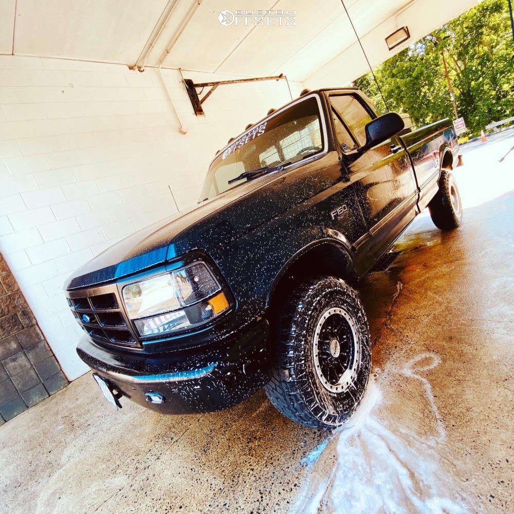 """1995 Ford F-150 Slightly Aggressive on 15x8 -10 offset Toxic Epidemic & 31""""x10.5"""" Dick Cepek Trail Country Exp on Suspension Lift 2.5"""" - Custom Offsets Gallery"""