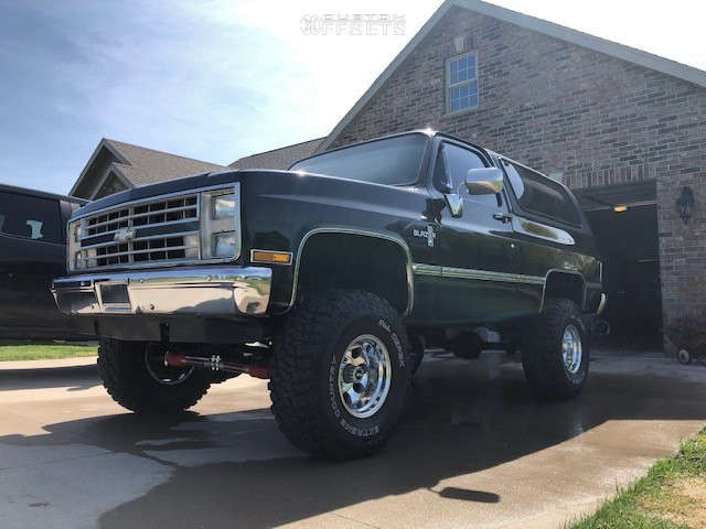 """1987 Chevrolet Blazer Aggressive > 1"""" outside fender on 15x10 -25 offset Pro Comp Series 69 & 35""""x12.5"""" Dick Cepek Extreme Country on Suspension Lift 4"""" - Custom Offsets Gallery"""