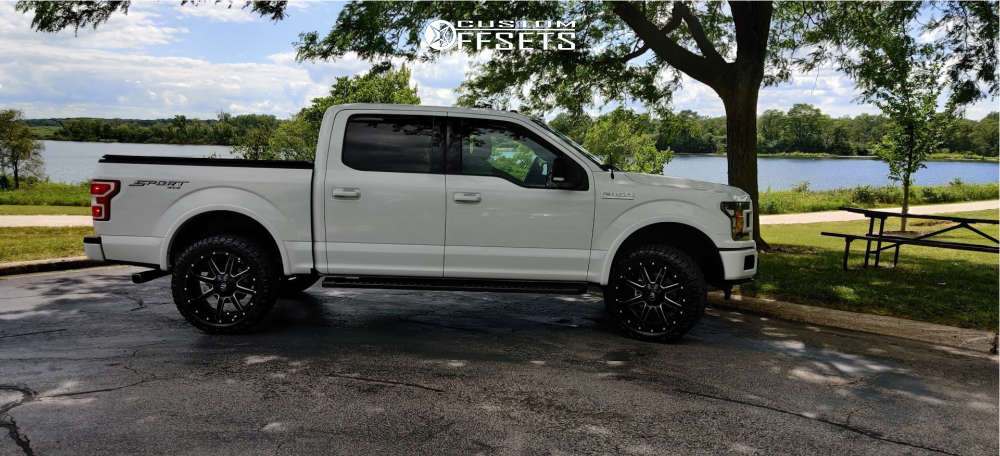 """2018 Ford F-150 Aggressive > 1"""" outside fender on 22x10 -24 offset Fuel Maverick and 33""""x12.5"""" Nitto Ridge Grappler on Leveling Kit - Custom Offsets Gallery"""