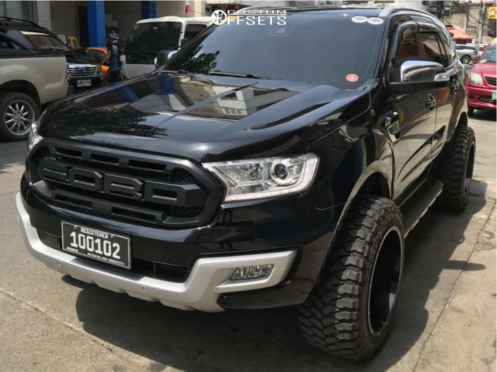 """2019 Ford Explorer Super Aggressive 3""""-5"""" on 20x12 -44 offset Scorpion Sc17 and 33""""x12.5"""" Comforser Cf3000 on Stock Suspension - Custom Offsets Gallery"""