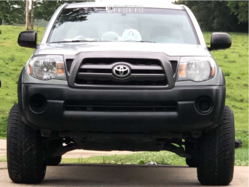 """2009 Toyota Tacoma Aggressive > 1"""" outside fender on 20x12 -44 offset Hardrock Crusher H704 and 29""""x10.5"""" Atturo Az800 on Leveling Kit - Custom Offsets Gallery"""
