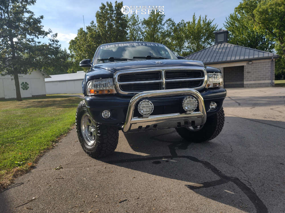 """2001 Dodge Durango Flush on 16x8 -5 offset Alloy Ion 171 and 285/75 Nitto Ridge Grappler on Suspension Lift 3"""" - Custom Offsets Gallery"""