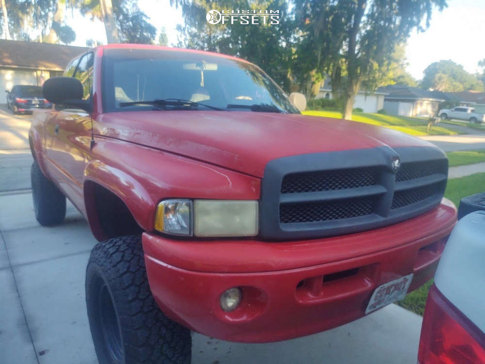 """2000 Dodge Ram 1500 Aggressive > 1"""" outside fender on 16x12 -46 offset MB Mb Motoring and 315/75 General Grabber Atx on Suspension Lift 6"""" - Custom Offsets Gallery"""