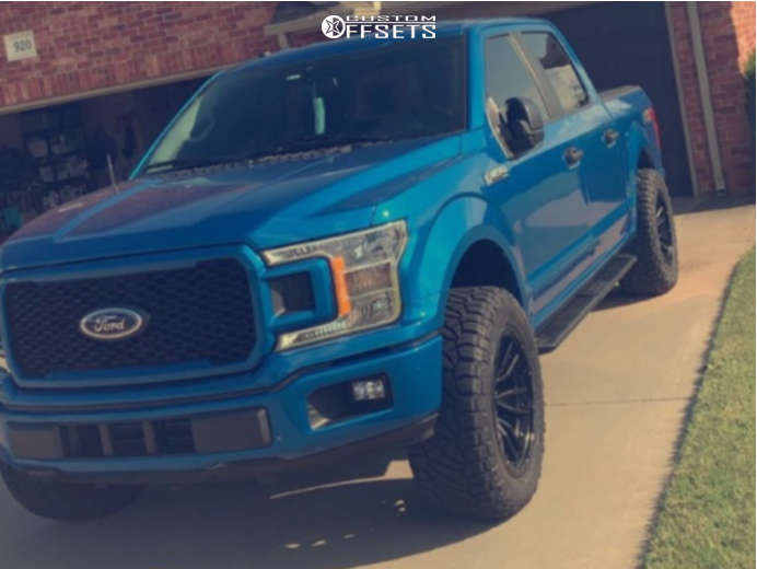 """2019 Ford F-150 Aggressive > 1"""" outside fender on 20x10 -18 offset Fuel Rebel & 33""""x12.5"""" Nitto Ridge Grappler on Leveling Kit - Custom Offsets Gallery"""