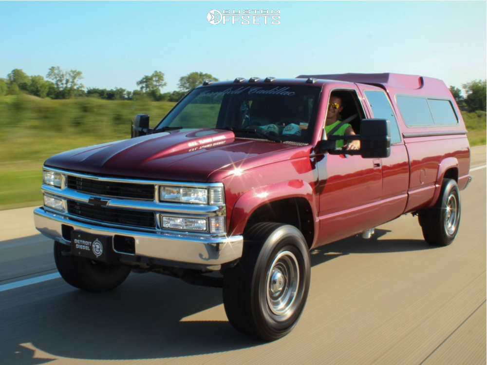 1993 Chevrolet K3500 Slightly Aggressive on 16x8 -6 offset Ultra Mongoose and 285/75 Cooper Discoverer A/t3 on Stock - Custom Offsets Gallery