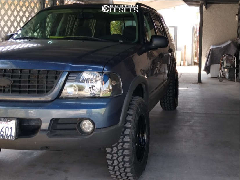 """2003 Ford Explorer Aggressive > 1"""" outside fender on 17x8 -6 offset Pro Comp Series 97 & 265/70 Thunderer Trac Grip M/t on Suspension Lift 3"""" - Custom Offsets Gallery"""