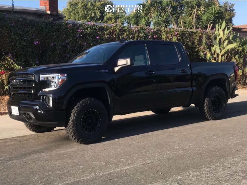 2020 GMC Sierra 1500 Nearly Flush on 17x8.5 20 offset Method Mr305 and 285/75 Toyo Tires Open Country M/T on Leveling Kit - Custom Offsets Gallery