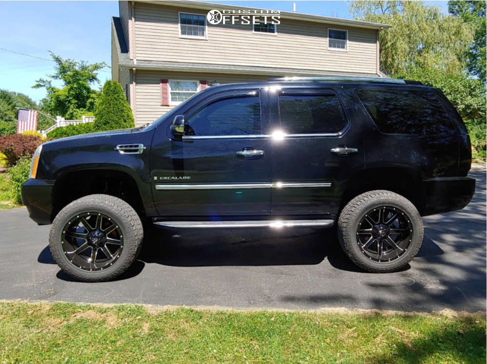 """2008 Cadillac Escalade Aggressive > 1"""" outside fender on 22x9.5 -18 offset Fuel Maverick and 35""""x12.5"""" Radar Renegade At-5 on Suspension Lift 6.5"""" - Custom Offsets Gallery"""
