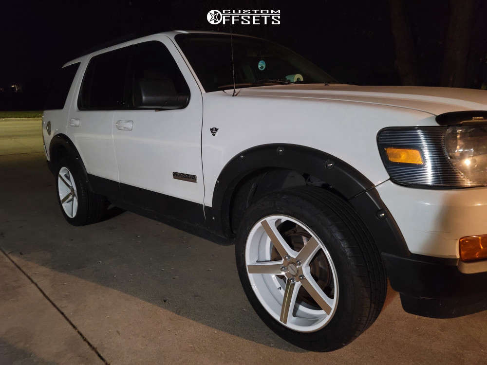 """2007 Ford Explorer Nearly Flush on 20x8.5 35 offset Strada Perfetto and 245""""x50"""" Vercelli Strada I on Stock Suspension - Custom Offsets Gallery"""