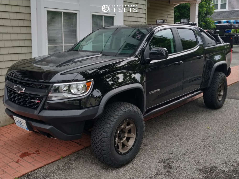 """2019 Chevrolet Colorado Aggressive > 1"""" outside fender on 17x8.5 0 offset Icon Alloys Rebound and 285/70 BFGoodrich All Terrain Ta Ko2 on Lifted - Custom Offsets Gallery"""