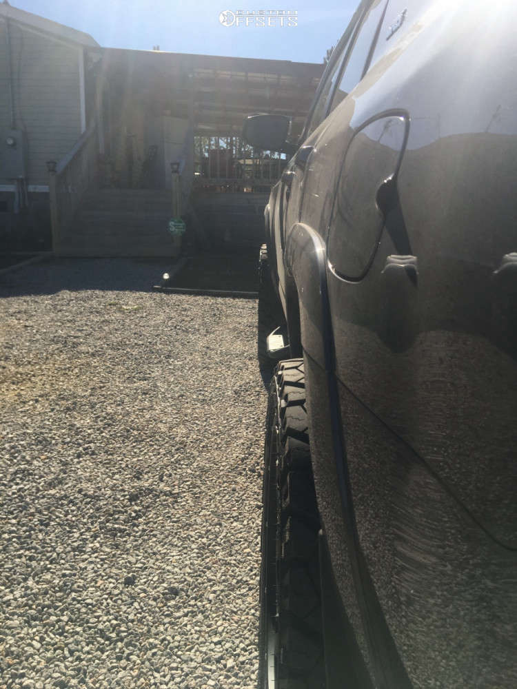 "2020 Toyota 4Runner Aggressive > 1"" outside fender on 22x10 -19 offset Vision Rocker and 33""x12.5"" Venom Power Terra Hunter X/T on Suspension Lift 3"" - Custom Offsets Gallery"