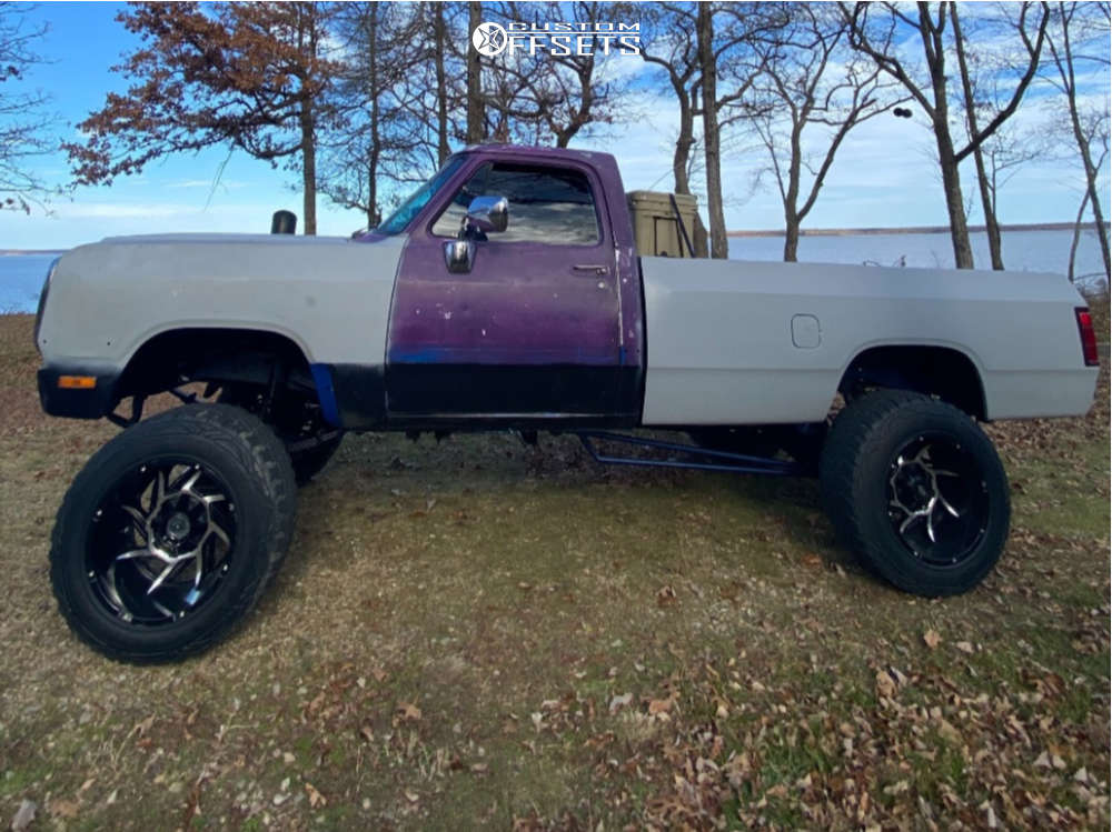 """1992 Dodge W250 Aggressive > 1"""" outside fender on 20x12 -44 offset Vision Prowler & 35""""x12.5"""" Pro Comp Xtreme Mt2 on Suspension Lift 9"""" - Custom Offsets Gallery"""