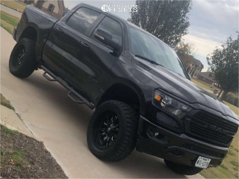 """2020 Ram 1500 Slightly Aggressive on 22x10 -18 offset Fuel Sledge and 35""""x12.5"""" Toyo Tires Open Country R/T on Suspension Lift 6"""" - Custom Offsets Gallery"""