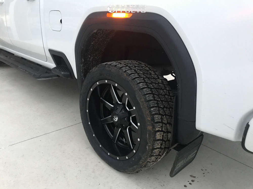 """2020 GMC Sierra 2500 HD Aggressive > 1"""" outside fender on 22x10 -24 offset Fuel Maverick and 33""""x12.5"""" Nitto Terra Grappler G2 on Stock Suspension - Custom Offsets Gallery"""