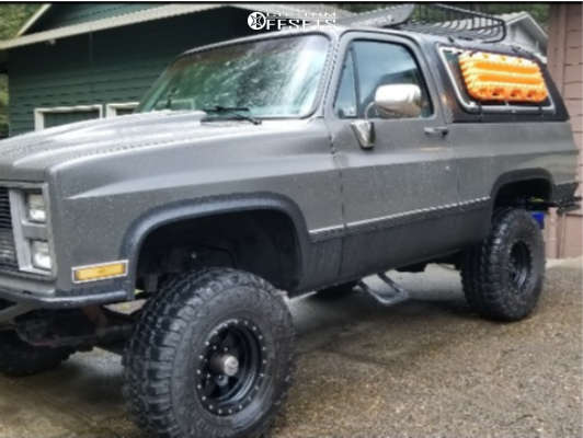 "1987 Chevrolet Blazer Aggressive > 1"" outside fender on 15x8.5 0 offset Raceline Defender & 33""x12.5"" Federal Couragia Mt on Suspension Lift 3.5"" - Custom Offsets Gallery"