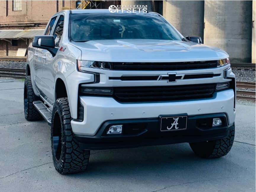 """2019 Chevrolet Silverado 1500 Aggressive > 1"""" outside fender on 22x10 -18 offset Fuel Sledge and 285/55 Nitto Ridge Grappler on Stock - Custom Offsets Gallery"""