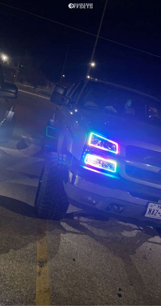 """2005 Chevrolet Avalanche Aggressive > 1"""" outside fender on 24x14 -76 offset Xtreme Mudder Xm-304 & 35""""x13.5"""" AMP Terrain Attack At A on Suspension Lift 6.5"""" - Custom Offsets Gallery"""