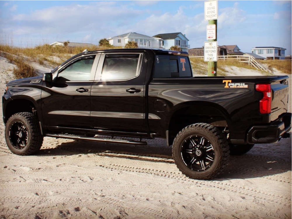 """2020 Chevrolet Silverado 1500 Aggressive > 1"""" outside fender on 20x9 -24 offset Anthem Off-Road Equalizer and 35""""x12.5"""" Pro Comp Xtreme Mt2 on Suspension Lift 4"""" - Custom Offsets Gallery"""