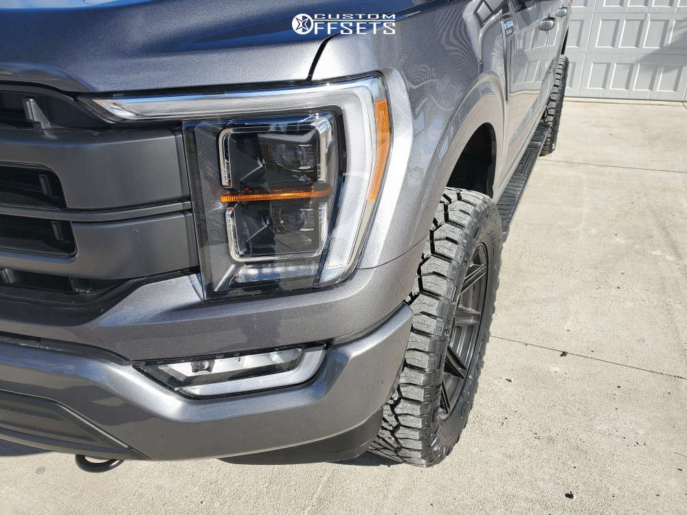 """2021 Ford F-150 Aggressive > 1"""" outside fender on 20x9 1 offset Fuel Siege & 33""""x12.5"""" Nitto Ridge Grappler on Stock - Custom Offsets Gallery"""