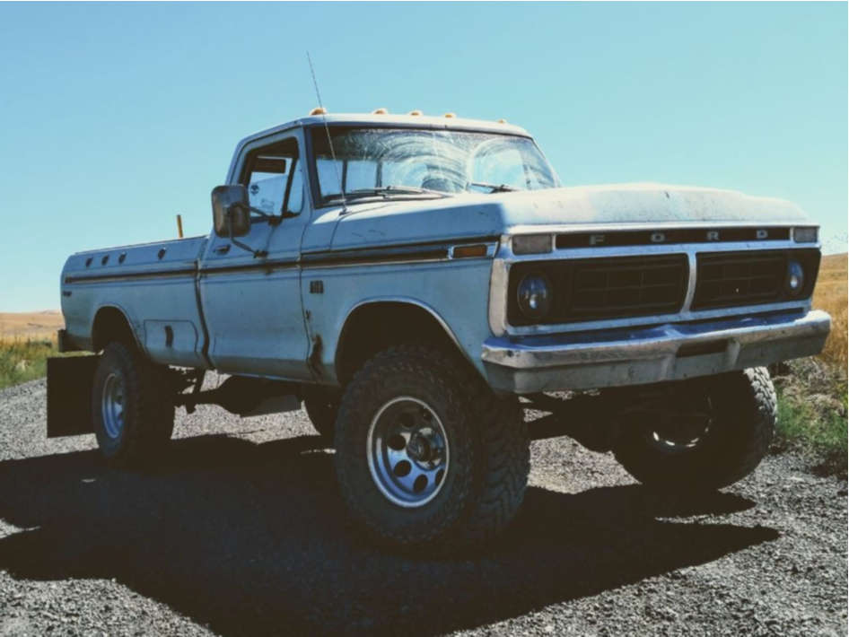 """1976 Ford F-150 Aggressive > 1"""" outside fender on 16x10 -38 offset Pro Comp Series 69 and 35""""x12.5"""" Toyo Tires Open Country M/t on Suspension Lift 4"""" - Custom Offsets Gallery"""