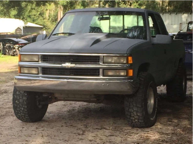 """1994 Chevrolet K1500 Aggressive > 1"""" outside fender on 15x12 -44 offset Mickey Thompson Classic Ii and 35""""x12.5"""" Mickey Thompson Baja Atz P3 on Stock Suspension - Custom Offsets Gallery"""