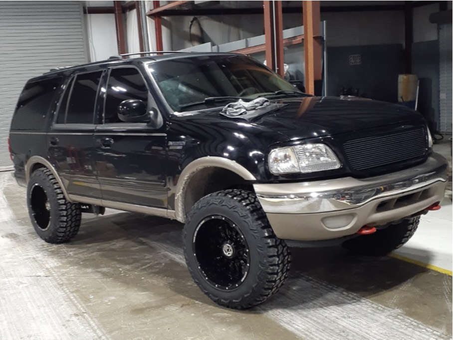 """2001 Ford Expedition Aggressive > 1"""" outside fender on 20x12 -44 offset Anthem Off-Road Equalizer & 35""""x12.5"""" Americus Rugged M/t on Leveling Kit - Custom Offsets Gallery"""
