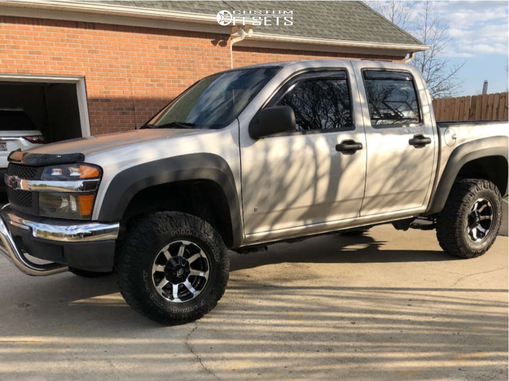 """2007 Chevrolet Colorado Aggressive > 1"""" outside fender on 15x7.5 -12 offset Vision Valor & 31""""x10.5"""" Milestar Patagonia M/t on Suspension Lift 3"""" - Custom Offsets Gallery"""