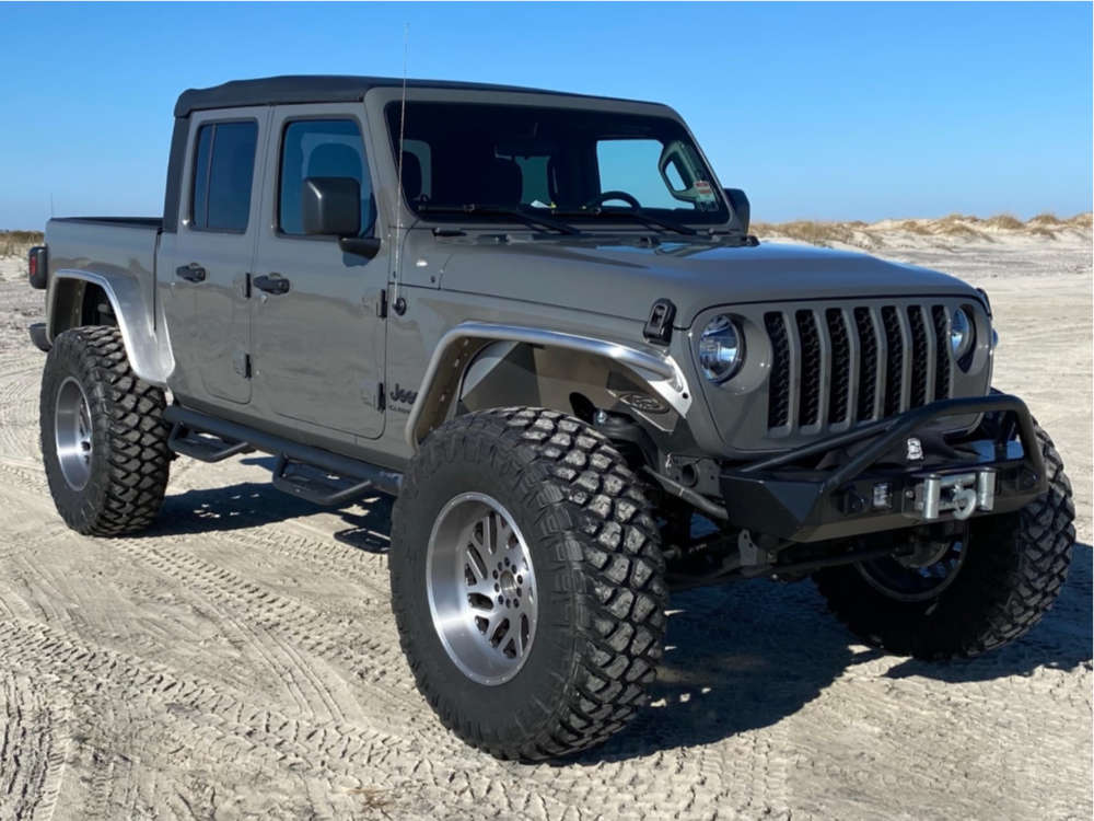 """2020 Jeep Gladiator Aggressive > 1"""" outside fender on 20x10 -18 offset Fuel Titan and 40""""x13.5"""" Maxxis Razr Mt on Suspension Lift 2.5"""" - Custom Offsets Gallery"""