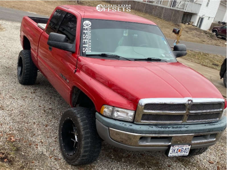 """1997 Dodge Ram 1500 Super Aggressive 3""""-5"""" on 20x12 -51 offset Vision Sliver and 33""""x12.5"""" Federal Couragia Mt on Suspension Lift 3"""" - Custom Offsets Gallery"""