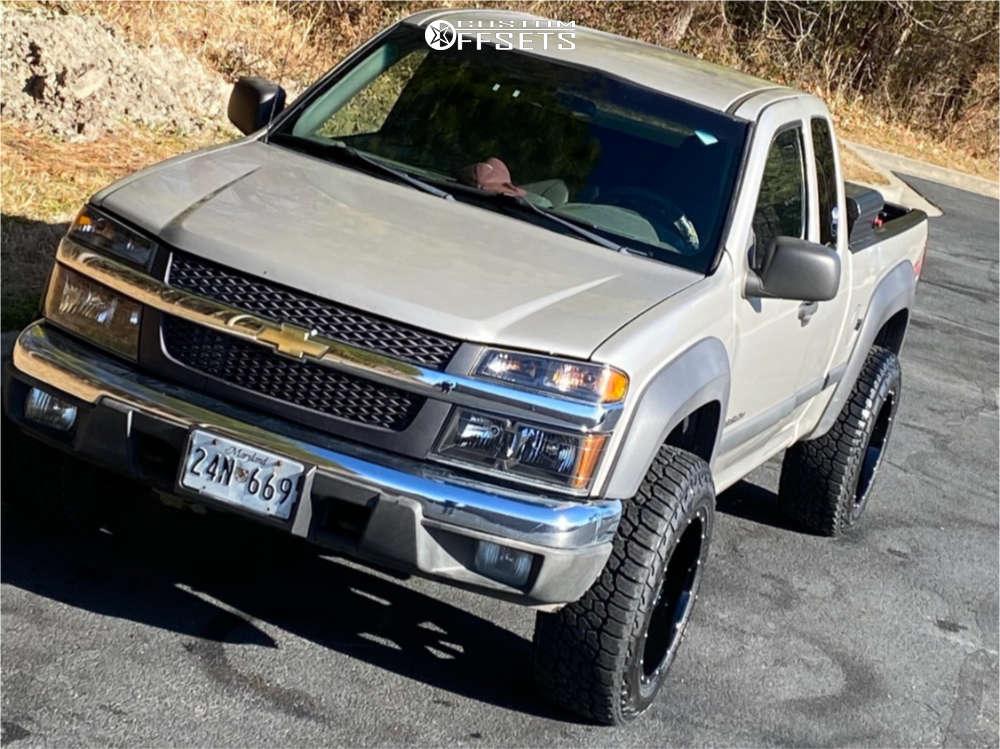 "2004 Chevrolet Colorado Super Aggressive 3""-5"" on 18x10 -24 offset Moto Metal Mo962 & 265/70 Falken Wildpeak At3w on Stock Suspension - Custom Offsets Gallery"