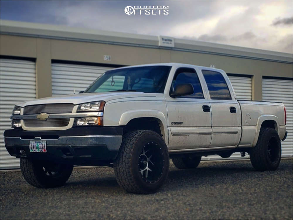 """2003 Chevrolet Silverado 1500 HD Aggressive > 1"""" outside fender on 20x12 -51 offset Vision Sliver and 35""""x12.5"""" Toyo Tires Open Country A/t Iii on Stock Suspension - Custom Offsets Gallery"""