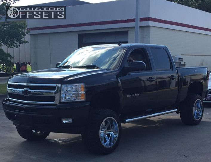 """2011 Chevrolet Silverado 1500 Super Aggressive 3""""-5"""" on 20x12 -44 offset Moto Metal MO962 & 33""""x12.5"""" Federal Couragia MT on Leveling Kit & Body Lift - Custom Offsets Gallery"""