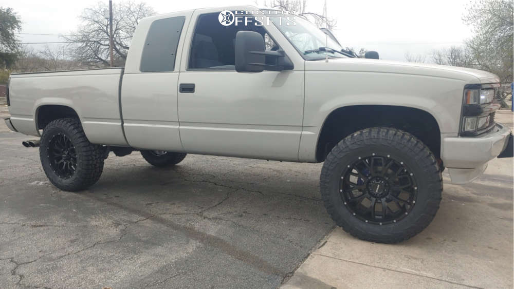 """1997 Chevrolet C1500 Aggressive > 1"""" outside fender on 20x9 10 offset MKW Offroad M95 & 35""""x12.5"""" Federal Xplora Rt on Suspension Lift 6"""" - Custom Offsets Gallery"""