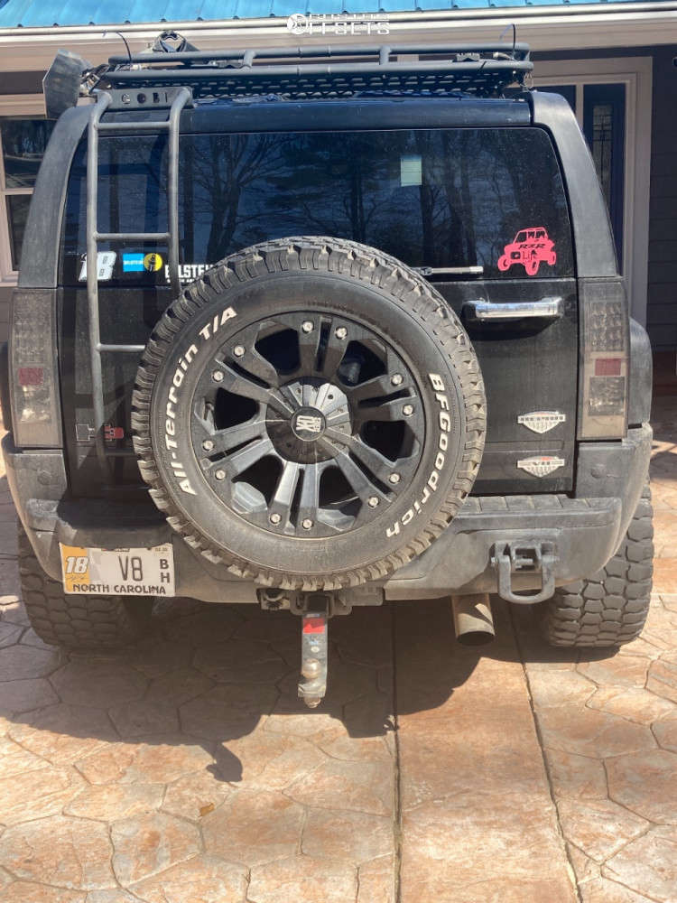 """2008 Hummer H3 Aggressive > 1"""" outside fender on 20x10 -14 offset XD Monster & 33""""x12.5"""" Ironman All Country Mt on Stock Suspension - Custom Offsets Gallery"""