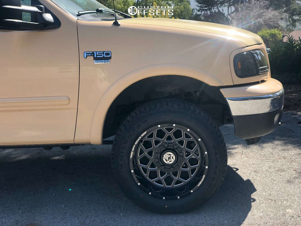 """2003 Ford F-150 Aggressive > 1"""" outside fender on 20x9 0 offset Anthem Off-Road Avenger and 33""""x12.5"""" Milestar Patagonia At on Air Suspension - Custom Offsets Gallery"""