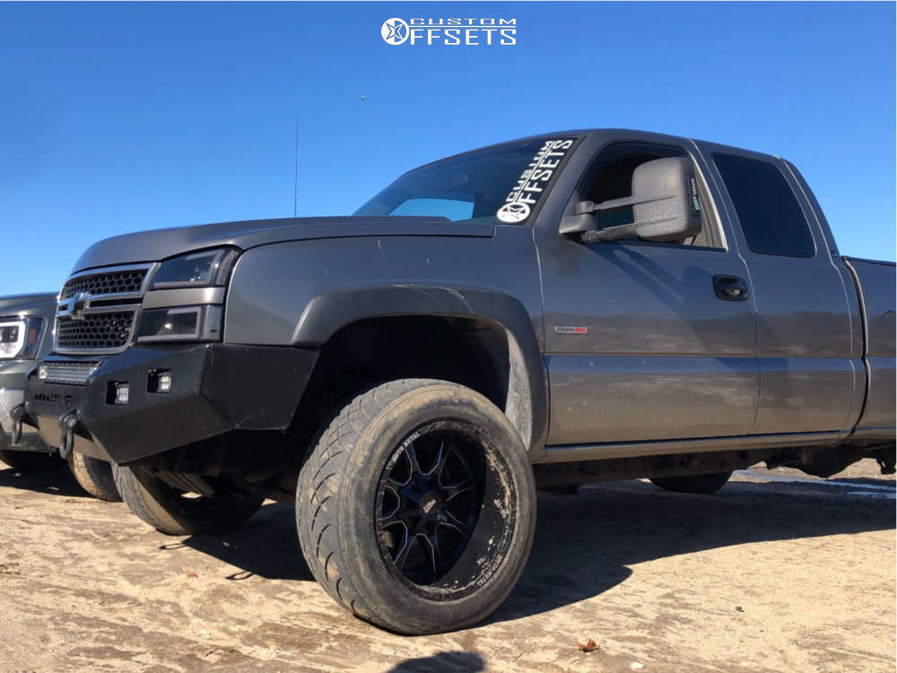 """2006 Chevrolet Silverado 2500 HD Super Aggressive 3""""-5"""" on 20x12 -44 offset Moto Metal MO970 and 315/50 Nitto Nt420v on Leveling Kit - Custom Offsets Gallery"""