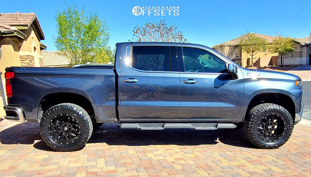 """2019 Chevrolet Silverado 1500 Aggressive > 1"""" outside fender on 20x10 -24 offset XD XD820 and 35""""x12.5"""" Nitto Ridge Grappler on Suspension Lift 4"""" - Custom Offsets Gallery"""