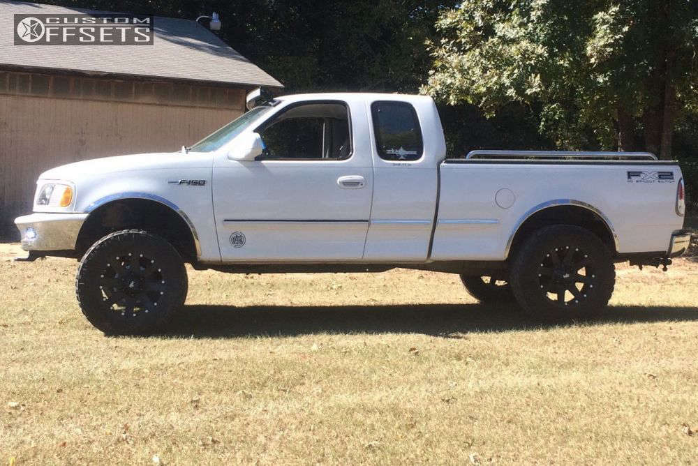 """1997 Ford F-150 Aggressive > 1"""" outside fender on 20x9 0 offset Red Dirt Road USA and 35""""x12.5"""" Nitto Trail Grappler on Suspension Lift 5"""" - Custom Offsets Gallery"""