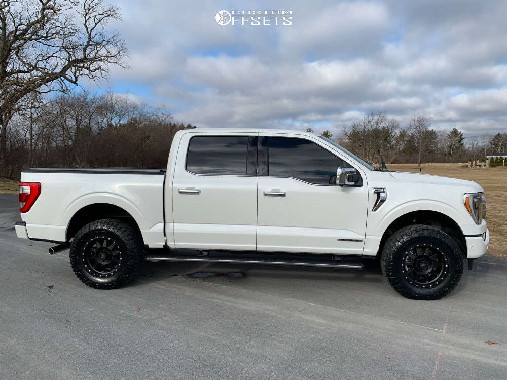 2021 Ford F-150 Slightly Aggressive on 18x9 18 offset Method The Standard & 285/70 Nitto Ridge Grappler on Leveling Kit - Custom Offsets Gallery