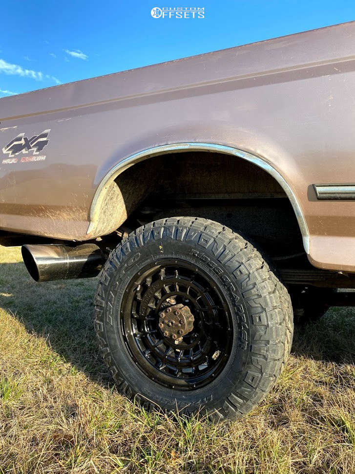 """1996 Ford F-350 Aggressive > 1"""" outside fender on 18x9 0 offset Anthem Off-Road Viper and 33""""x11.5"""" Nitto Ridge Grappler on Stock Suspension - Custom Offsets Gallery"""