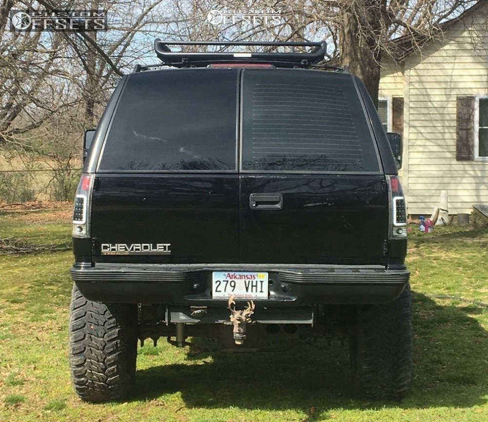 """1997 Chevrolet Tahoe Aggressive > 1"""" outside fender on 26x10.5 -26 offset Rev Offroad 875 and 40""""x18.5"""" Antares Deep Digger on Stock Suspension - Custom Offsets Gallery"""