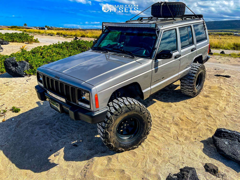 """2001 Jeep Cherokee Super Aggressive 3""""-5"""" on 15x10 -47 offset Pro Comp 69 & 33""""x13.5"""" Nitto Mud Grappler on Suspension Lift 3.5"""" - Custom Offsets Gallery"""