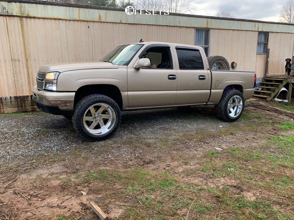 """2006 Chevrolet Silverado 1500 Aggressive > 1"""" outside fender on 22x12 -40 offset American Force Blade Ss and 35""""x12.5"""" Comforser Cf3000 on Leveling Kit - Custom Offsets Gallery"""