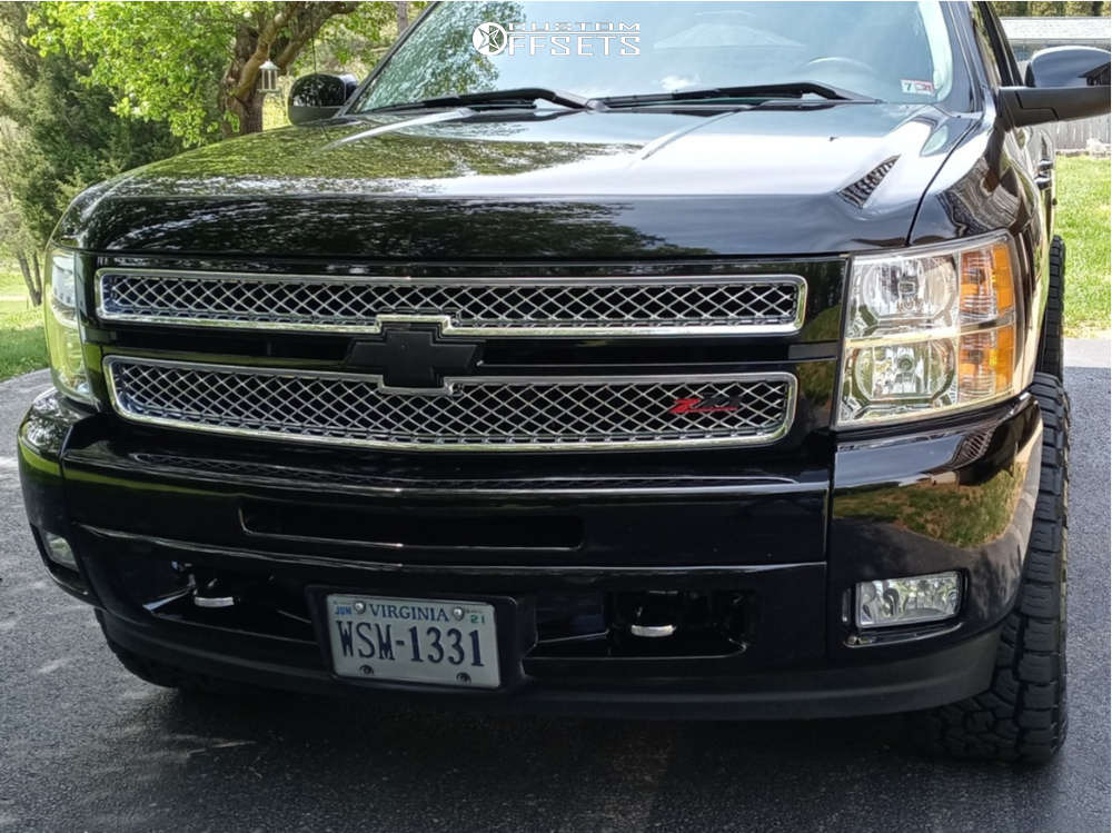 """2013 Chevrolet Silverado 1500 Aggressive > 1"""" outside fender on 20x10 -18 offset Fuel Coupler and 33""""x12.5"""" Toyo Tires Open Country A/T III on Stock - Custom Offsets Gallery"""