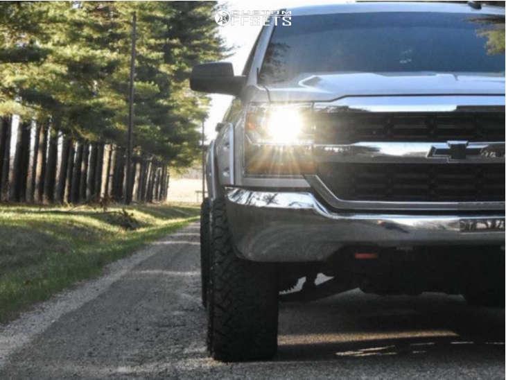 "2016 Chevrolet 1500 Aggressive > 1"" outside fender on 20x12 -44 offset Hardrock Affliction and 33""x12.5"" Venom Power Terra Hunter X/t on Suspension Lift 3.5"" - Custom Offsets Gallery"
